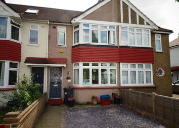 3 bed property for sale in Parkfield Crescent, Feltham TW13