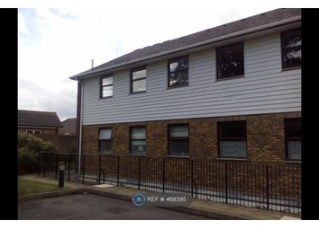 Thumbnail 2 bed flat to rent in Gladstone Road, Farnborough