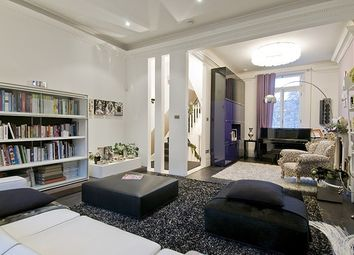 Thumbnail 6 bed mews house to rent in Oakley Street, London