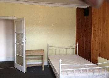 Thumbnail 2 bed flat to rent in Dalkeith Road, Off Albert Road, Ilford Lane, Ilford IG1, Ig2,