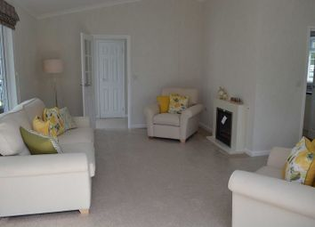 Thumbnail 2 bedroom mobile/park home for sale in Sandy Lane, Farnborough