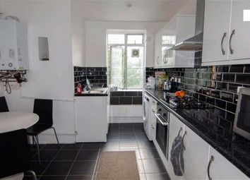 Thumbnail 3 bed flat to rent in East Arbour Street, Whitechapel, London