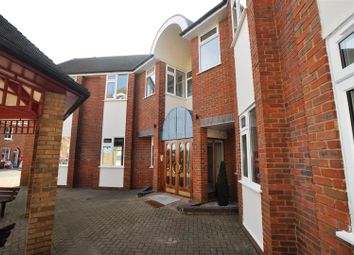 Thumbnail 2 bed flat to rent in Paynes Park, Hitchin