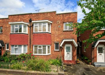 2 bed maisonette to rent in Fairlawn Avenue, London W4