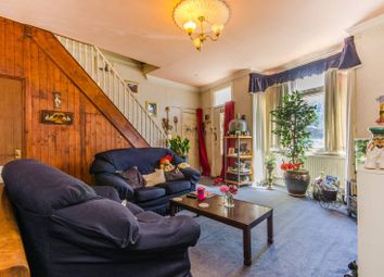 Thumbnail 4 bed property for sale in Bramshot Avenue, Charlton