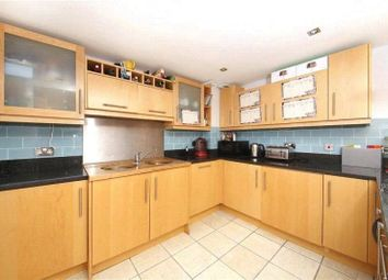Thumbnail 1 bed flat to rent in Millharbour, Canary Wharf, London