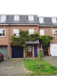 Thumbnail Town house for sale in Saddle Back Close, Calne