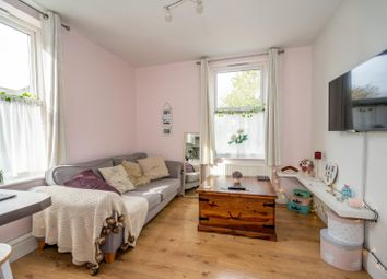 Thumbnail 1 bed flat for sale in Salisbury Terrace, Leeman Road, York