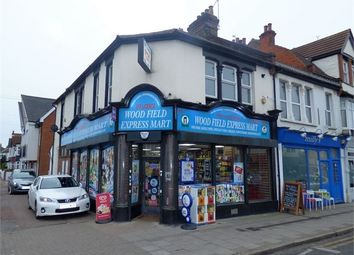 Thumbnail 2 bed flat to rent in Leigh Road, Leigh On Sea