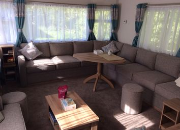 Thumbnail 2 bedroom mobile/park home for sale in Hoburne Naish Holiday Park, New Milton