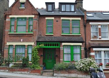 Thumbnail 1 bed flat to rent in Hollingbourne Road, Herne Hill, London