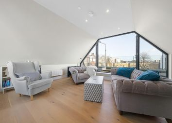 3 bed property for sale in Josephine Avenue, London SW2