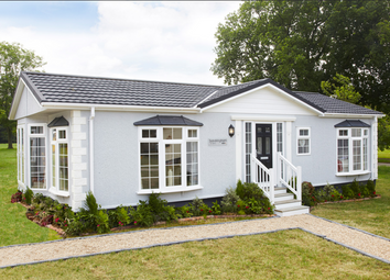 Thumbnail 2 bed mobile/park home for sale in Constellation Park, Elsworth