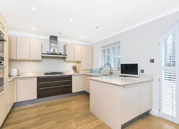 Thumbnail 4 bedroom property to rent in Oxford Gate, Brook Green, London