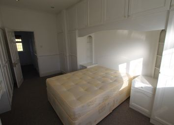 Thumbnail 1 bedroom terraced house to rent in Vista Drive, Ilford, Essex