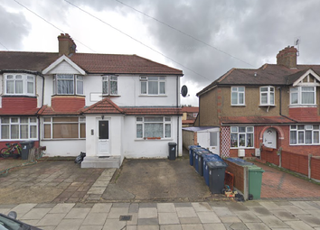 Thumbnail 1 bedroom flat to rent in Torrington Road, Perivale