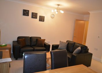 Thumbnail 2 bed flat to rent in Newton Road, Newbury