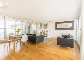 Thumbnail 2 bedroom flat for sale in Rufford Mews, Islington