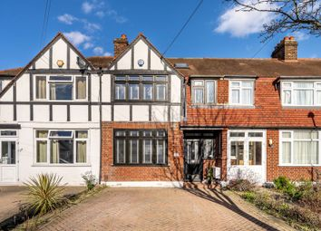 Aviemore Way, Beckenham BR3. 4 bed terraced house for sale