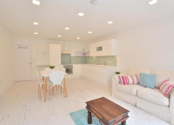 Thumbnail 2 bed flat to rent in Leicester Road, Barnet, Hertfordshire