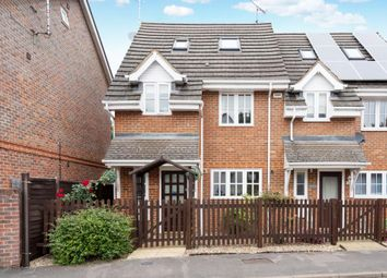 Thumbnail 3 bedroom town house to rent in Vale Farm Road, Woking