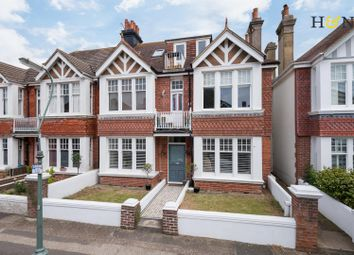 Thumbnail 2 bed flat for sale in Langdale Gardens, Hove