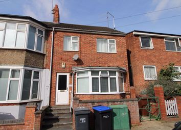 Thumbnail 2 bed flat to rent in Clarence Avenue, Northampton