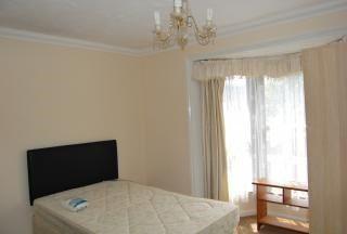 2 bed maisonette to rent in Jeffery Street, Gillingham ME7