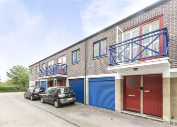 Thumbnail 4 bed flat to rent in Benson Quay, London