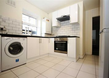 Thumbnail 2 bedroom flat to rent in Hoe Street, London