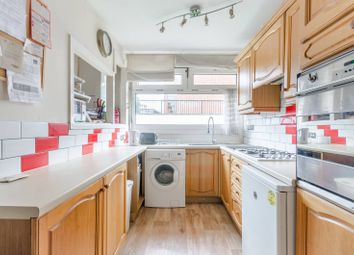 Thumbnail 6 bed terraced house to rent in Eastleigh Walk, Roehampton