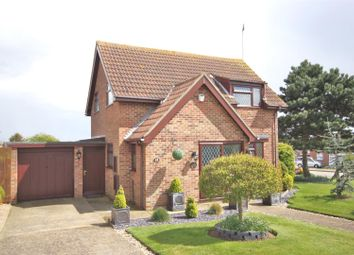 2 bed property for sale in Thorns Way, Walton On The Naze CO14