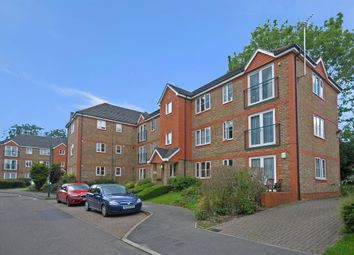 Thumbnail 2 bed flat to rent in Sevenoaks Close, Belmont, Sutton