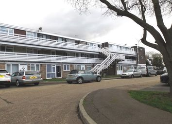 Thumbnail 2 bed flat to rent in Peartree Close, South Ockendon