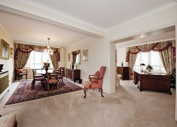 Thumbnail 3 bed flat to rent in Hyde Park Residence, Park Lane, Mayfair