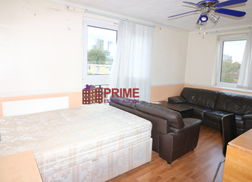 Thumbnail 3 bed flat to rent in Wellington Row, Shoreditch, London