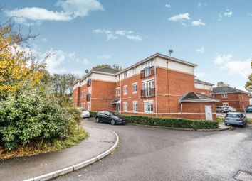 2 bed property to rent in Netley House, Mirabella Close, Southampton SO19
