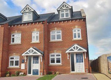 Thumbnail 3 bed town house for sale in Gwel Y Llan, Caernarfon