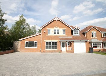 Thumbnail 4 bedroom detached house for sale in Lilleburne Drive, Nuneaton