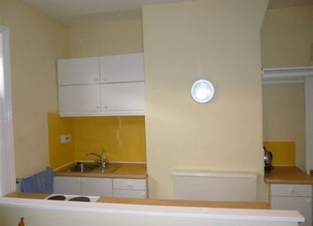 Thumbnail 1 bed flat to rent in Tong Street, Bradford