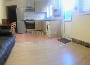 3 bed flat to rent in Claude Road, Roath, Cardiff CF24