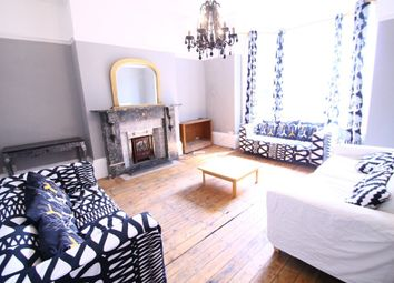 Thumbnail 9 bed terraced house to rent in Moorland Avenue, Hyde Park, Leeds