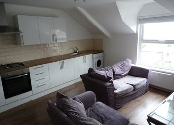 Thumbnail 3 bed flat to rent in Richmond Road, Cathays, Cardiff