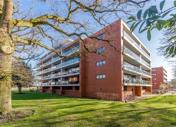 Thumbnail 1 bed flat to rent in Carruthers Court, Racecourse Road, Newbury, Berkshire