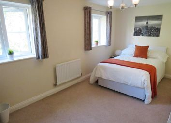 Thumbnail 6 bed property to rent in Magpie Lane, Eastleigh