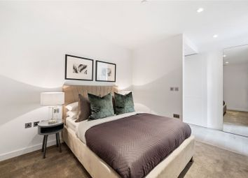 Thumbnail 1 bed flat to rent in Westmark Tower, West End Gate, London
