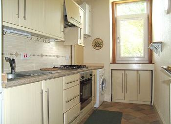 Thumbnail 2 bed flat to rent in Provost Road, Dundee, 8Aj