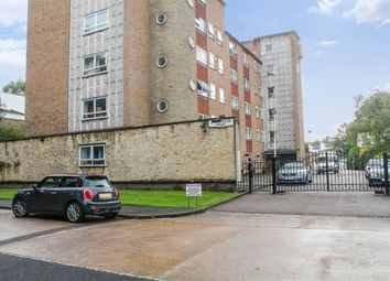 Thumbnail 2 bed flat to rent in Hollybank Court, Stoneygate, Leicester