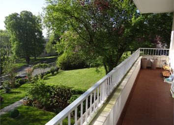 Thumbnail 3 bed apartment for sale in Île-De-France, Yvelines, Le Mesnil Le Roi
