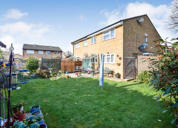 Thumbnail 1 bed flat for sale in Crake Place, College Town, Sandhurst